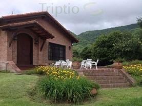 LA GLORIA DE DON RAMIRO, Villa San Lorenzo