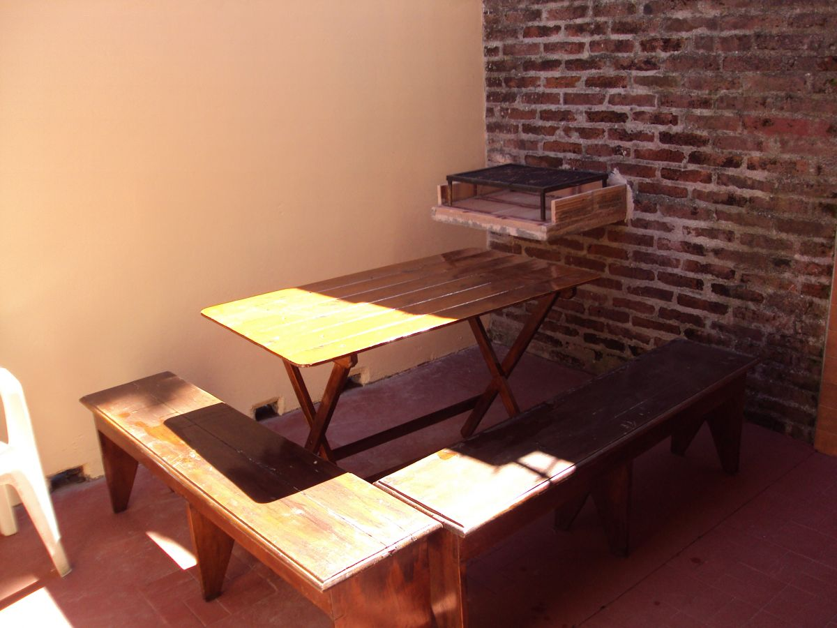 PH de 2 ambientes con patio y cochera, Mar del Plata