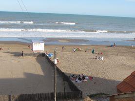 Departamento sobre Playa Frente al Mar 6 personas, Villa Gesell