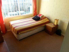 Amplia habitación, servicios incluidos 180 mil, La Serena