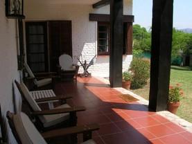 La Casa Grande Link House , Villa Allende