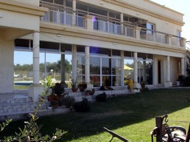 Carmel , Villa Parque Siquiman