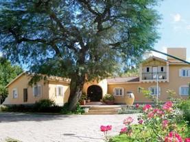 Victoria , Villa Giardino