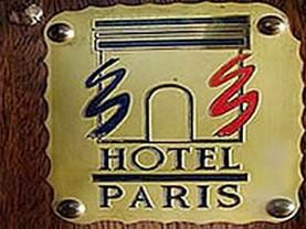 Paris, Adolfo Gonzales Chaves
