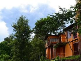 Amaraka Lodge, Leandro N. Alem